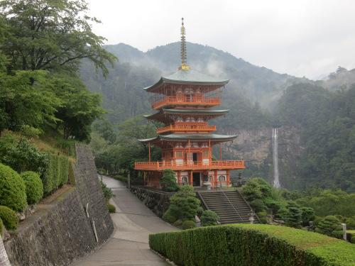 pagoda-and-waterfall-20-close