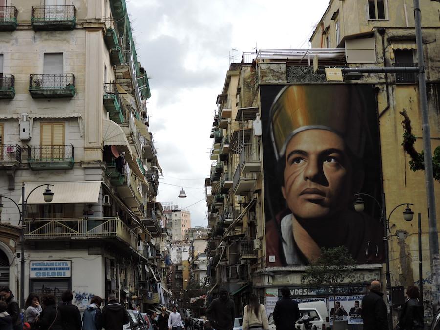 Spaccanapoli murales Napoli