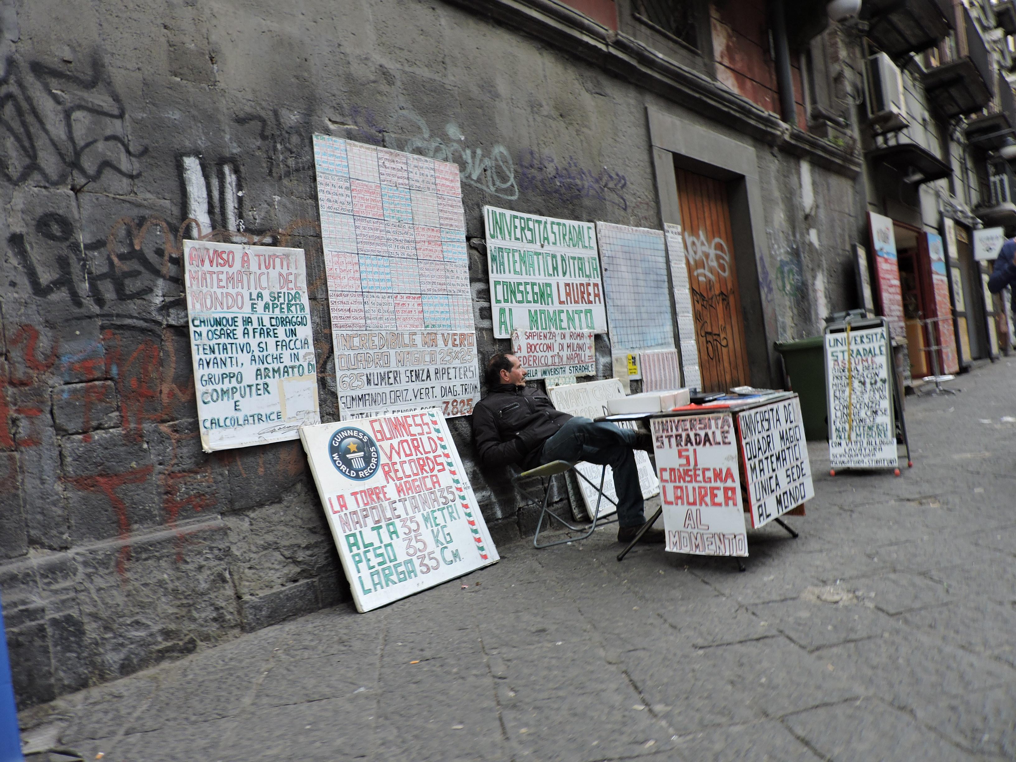 Napoli Università di Strada