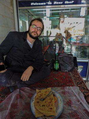 urbo e il kebab di cammello