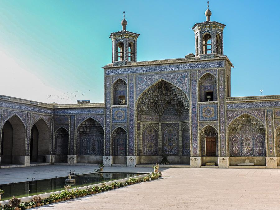 L'esterno della Nasir al-Molk Mosque