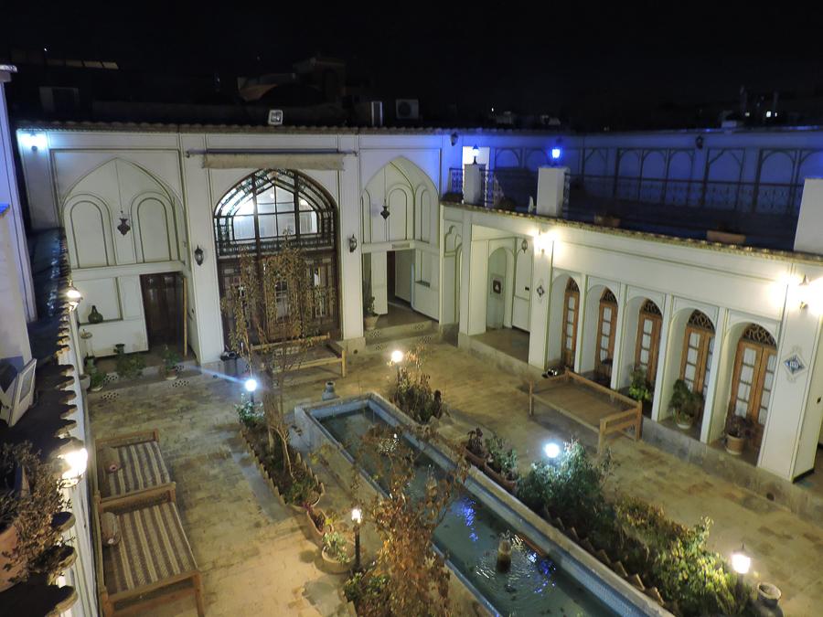 Il cortile delll'atigh traditional hotel