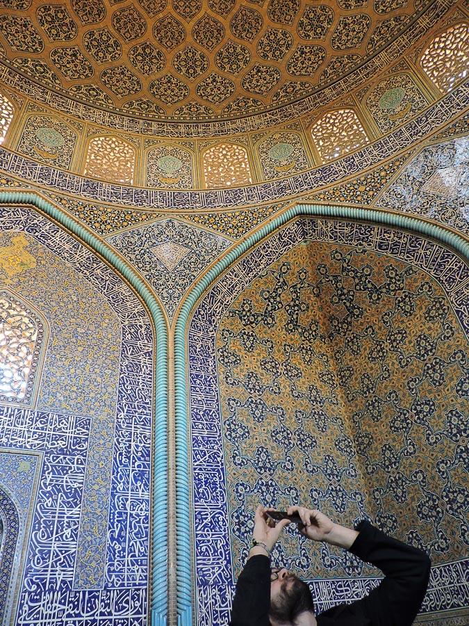 Interno della Moschea Sheikh Lotfollah