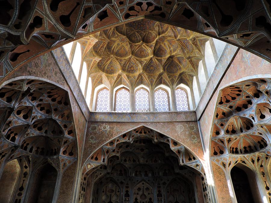 Una delle sale della musica all'Ali Qapu Palace