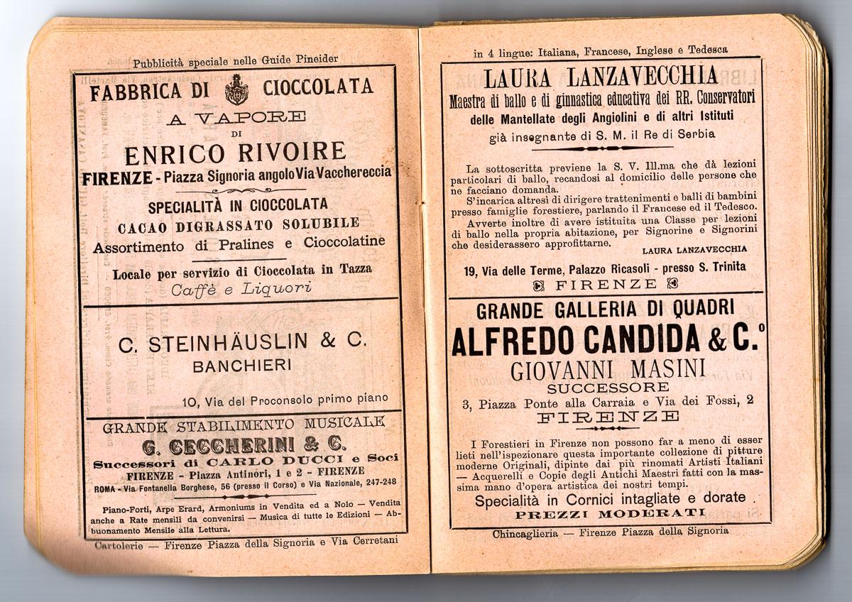 lo storico caffè rivoire e fabbrica di cioccolata a Firenze in piazza della Signoria
