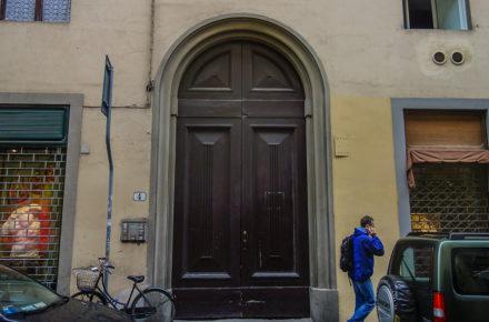via dei fossi 4 a Firenze dove si trovata l'atelier di Antonio Frilli