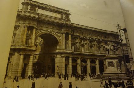 piazza vittorio emanuele (oggi piazza della repubblica) a Firenze nel 1908