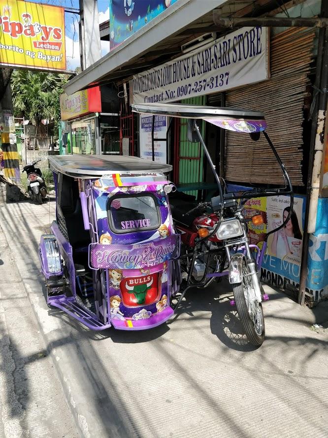 Trike variopinti a Batangas
