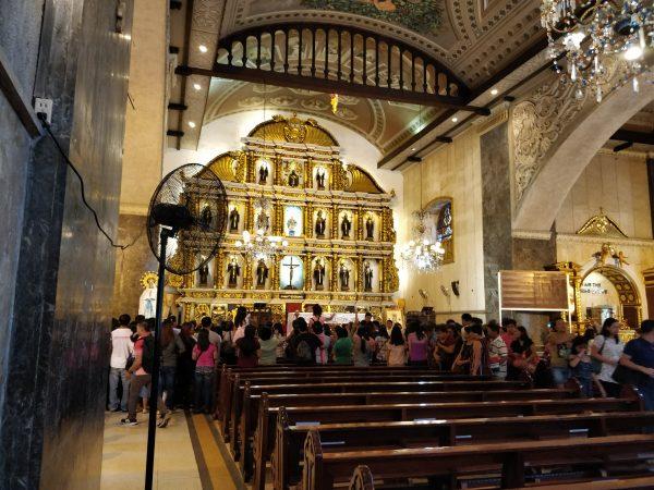 interno della chiesa di Santo Nino a Cebu
