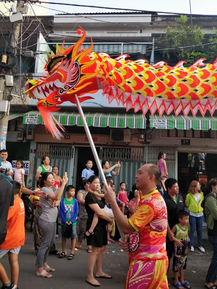 festival delle lanterne al quartiere Cho Lon a Ho Chi Minh in Vietnam