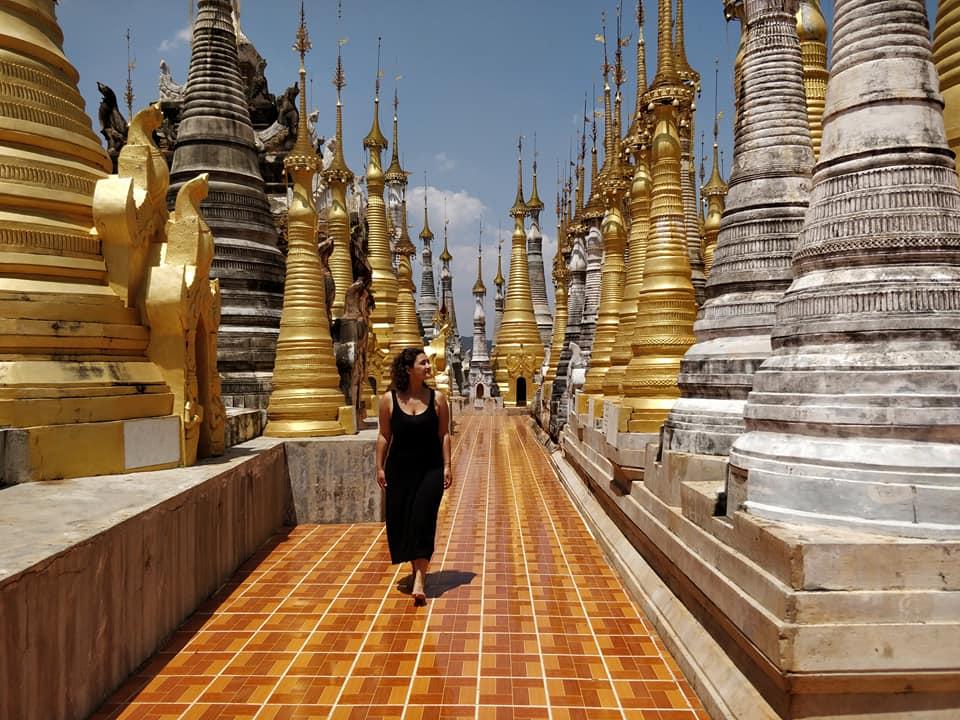 La pagode di Indein su Inle Lake in Myanmar