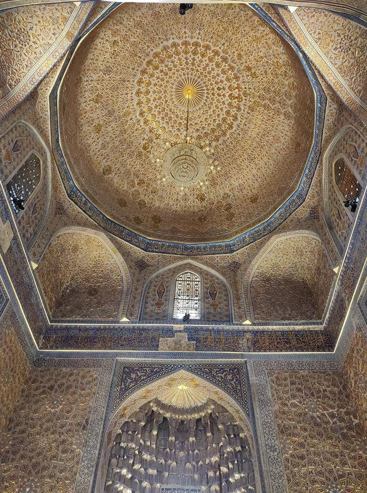 L'interno del Gur-e Amir a Samarcanda