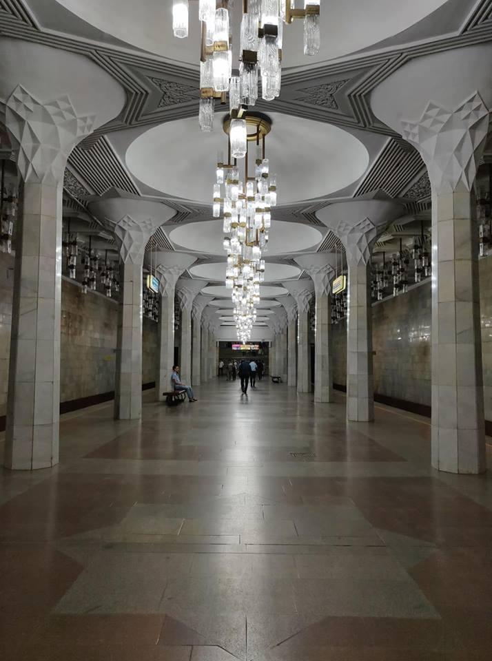 Le fermate della metro di Tashkent sono davvero bellissime