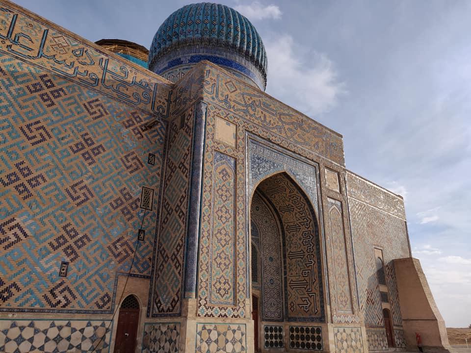 Il complesso del mausoleo Khoja Ahmed Yasawi a Turkistan