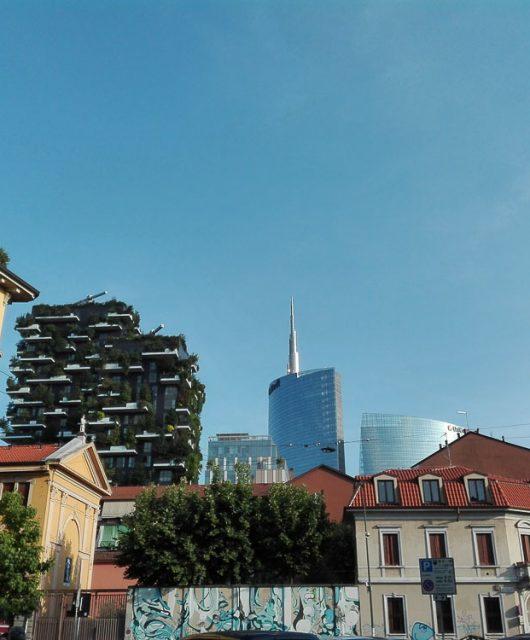 Lo skyline di Porta Garibaldi visto dal quartiere Isola