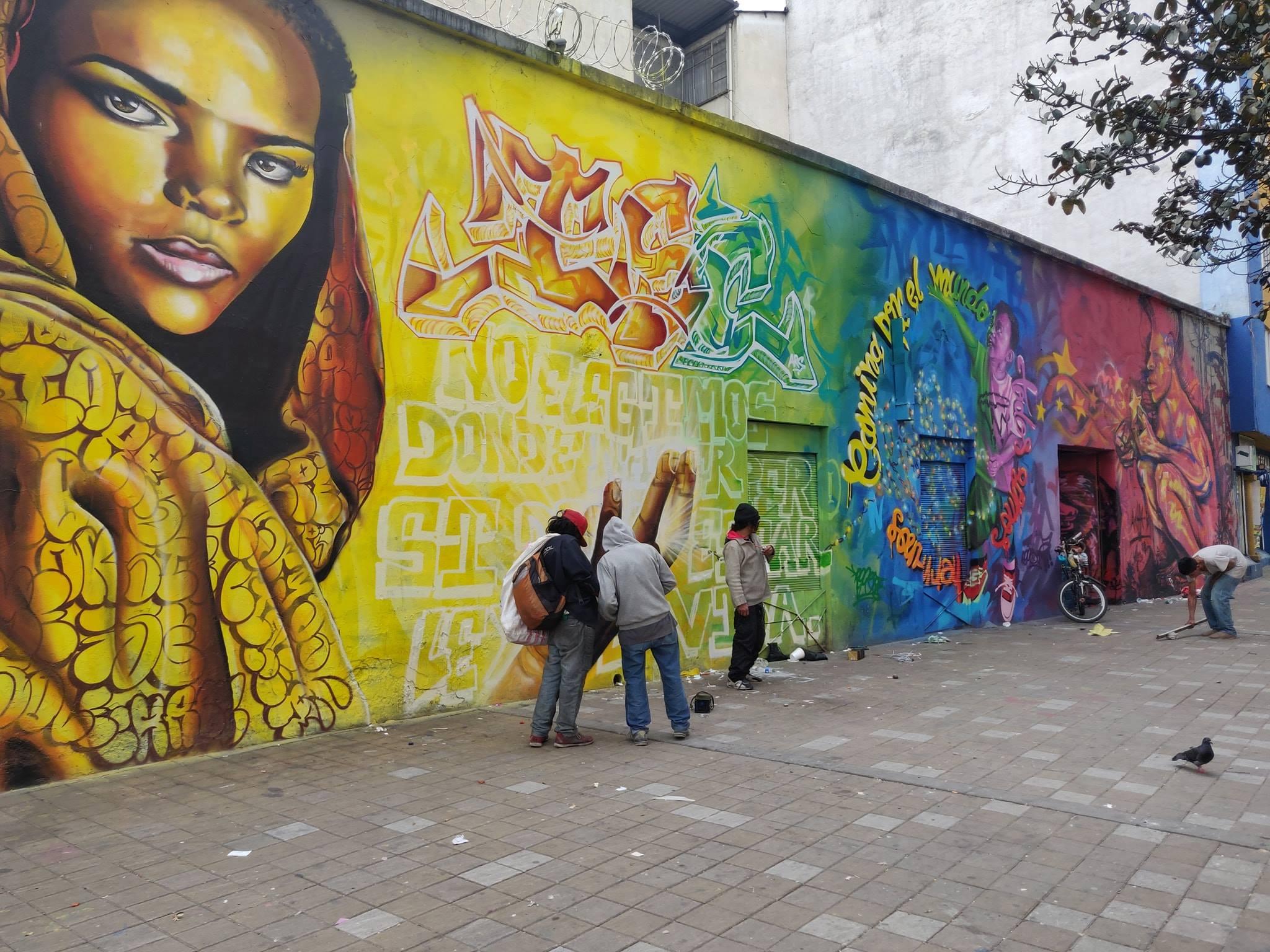 Murales nel quartiere di Santa Fe a Bogotà