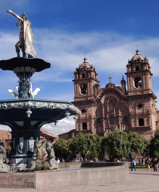 la Plaza de Armas, piazza principale di Cuzco in Perù