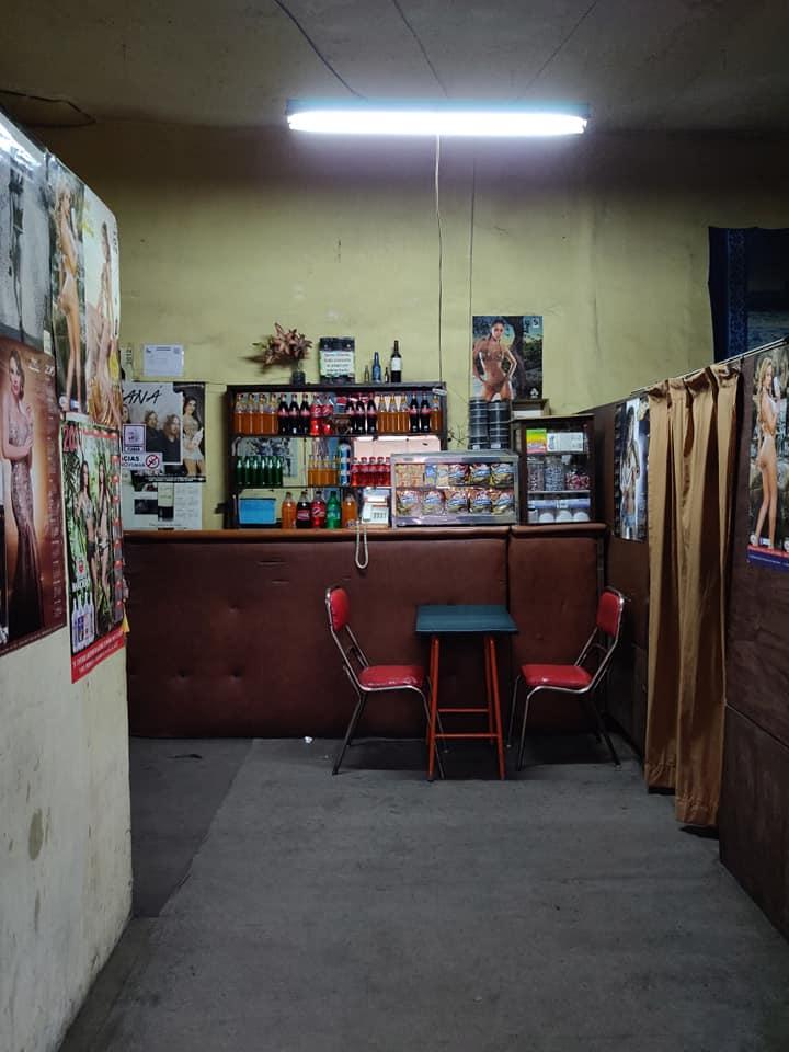 """salone di biliardo """"veccho stile"""" nel centro di La Paz"""