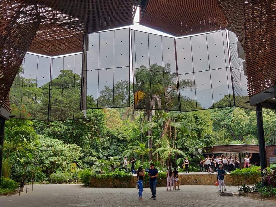 Il bellissimo giardino botanico di Medellin in Colombia