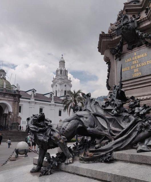 La plaza grande a Quito in Ecuador