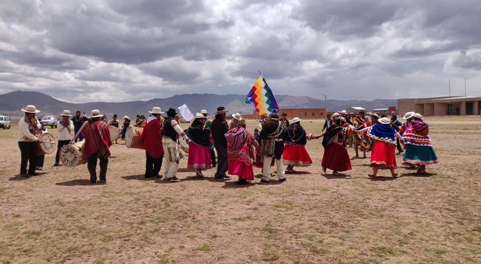 rito dedicato alla Pachamama a Tiwanaku