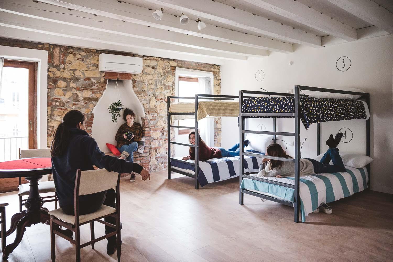 Gli interni di The Hostello a Verona