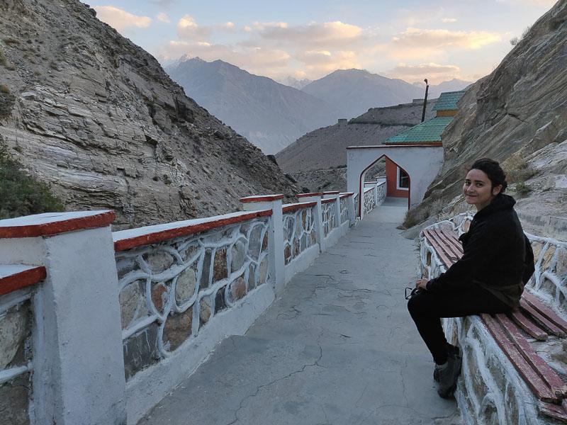 Altopiano del Pamir: ingresso delle terme di Bibi Fatima