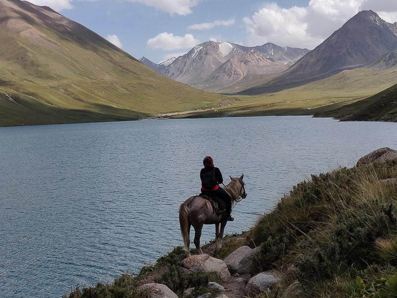 Cose da vedere in Kirghizistan: iI lago Kara Kul in Kirghizistan