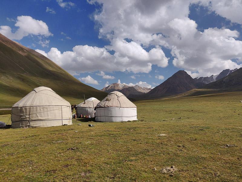 Kirghizistan da vedere: le yurte