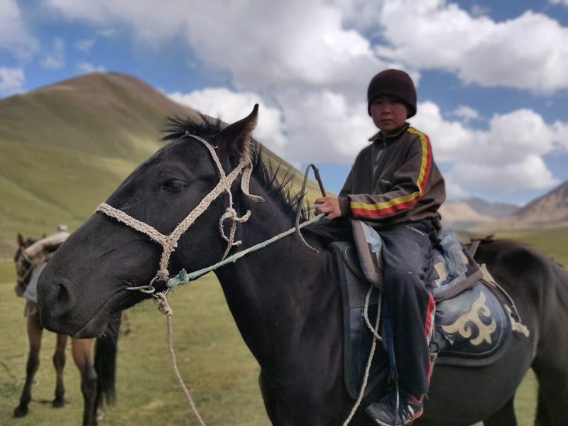 Bambini kirghizi