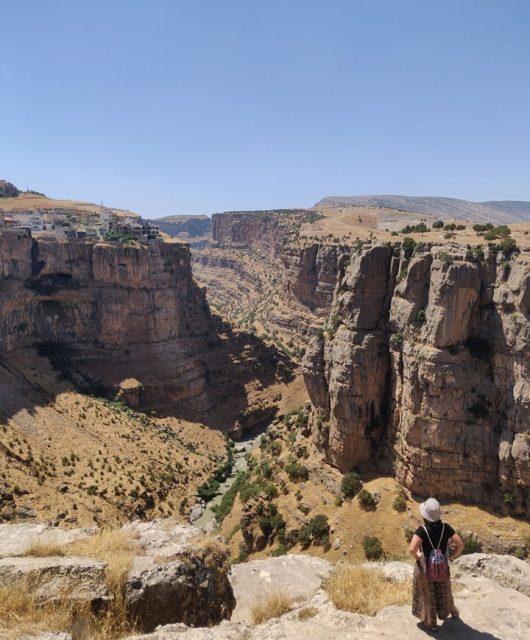 La vista del canyon fluviale da Rawanduz