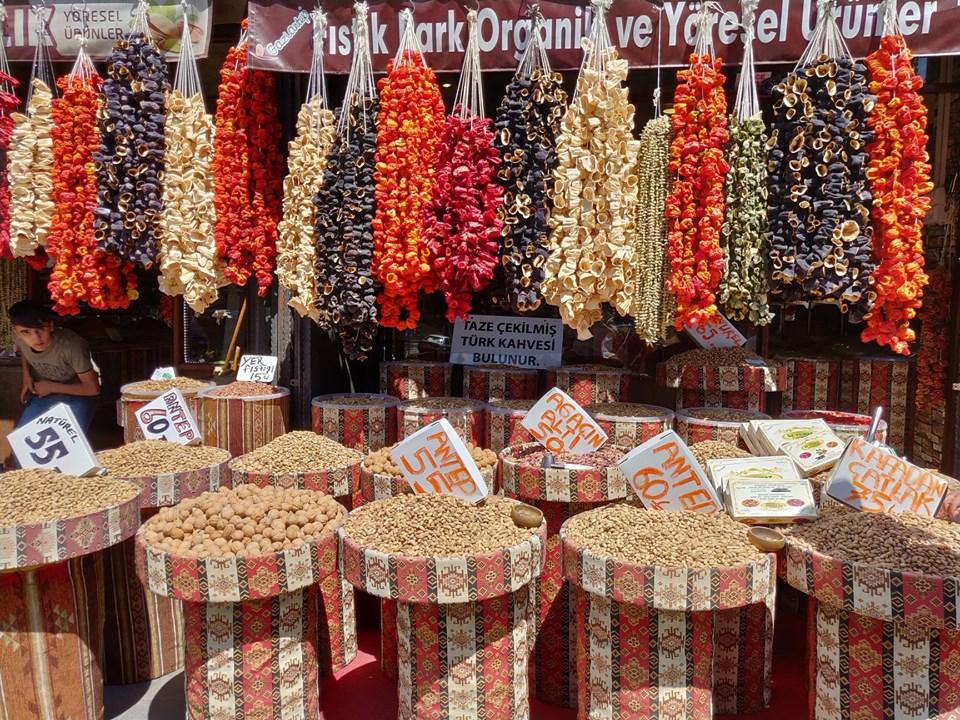 I pistacchi di Gaziantep sono il souvenir più gettonato e la materia prima delle baklava