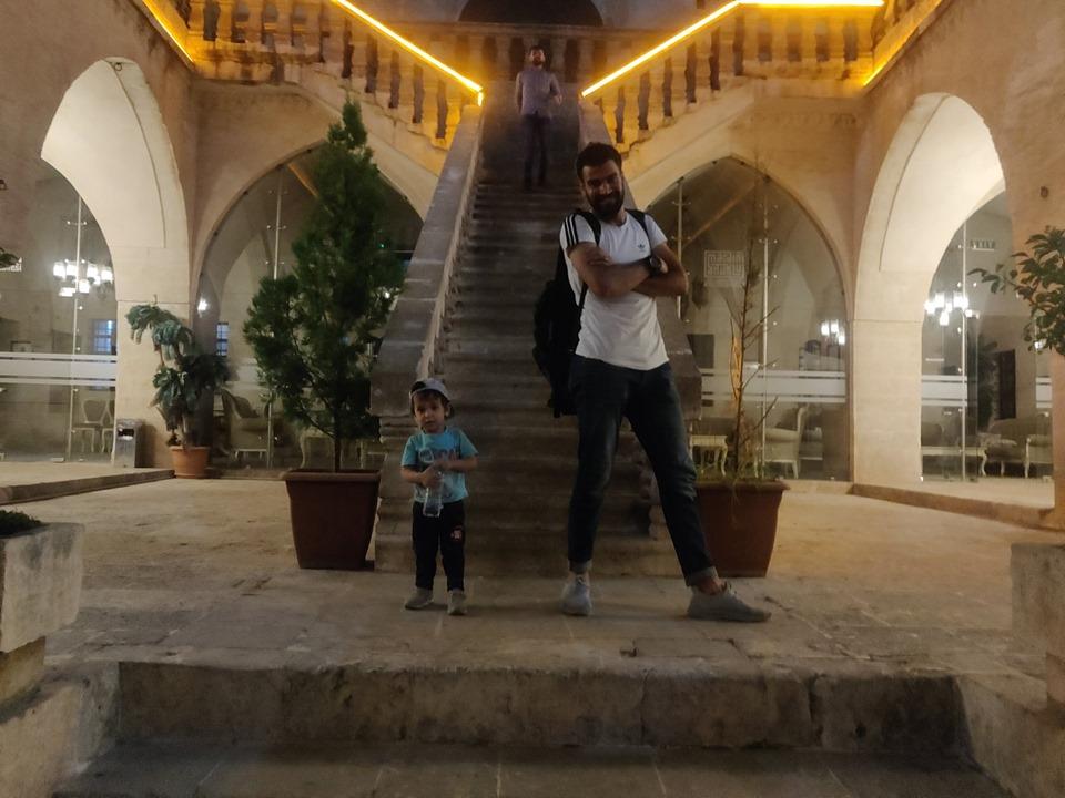 Fadell e Omar, il suo nipotino a Mardin