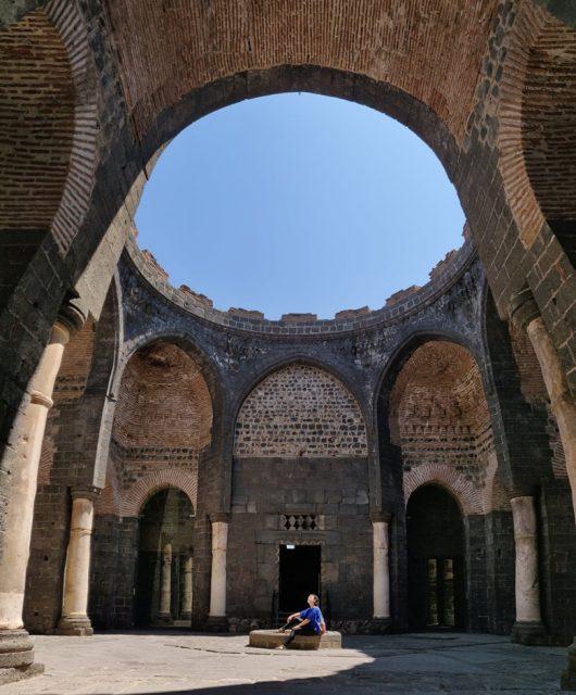 Chiesa di San Giorgio all'interno della fortezza di Diyarbakir